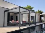 Pergola bioclimatique GAÏA autoportante en aluminium 3 x 4 m
